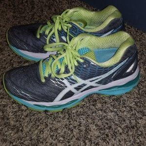 Asics shoes gel nimbus 18 size 5.5